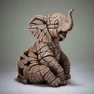 [EE6008137] Elephant Calf Figure - Jasnor Edge Sculpture
